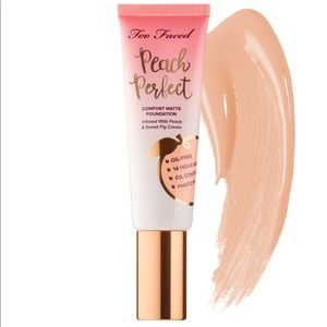 Too Faced Peach Perfect Foundation Swan